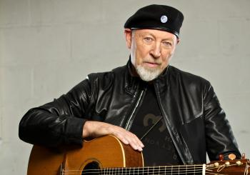 Richard Thompson, Solo Acoustic en Macclesfield