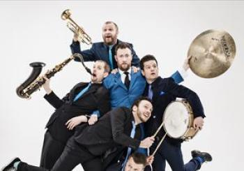 Entradas The Horne Section en Wycombe Swan