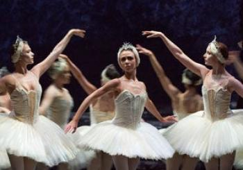 Scottish Ballet's Swan Lake en Edinburgh