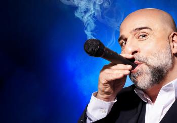 Omid Djalili: the Good Times Tour en London
