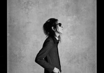 Dr John Cooper Clarke I Wanna Be Yours en Brighton Dome