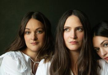 The Staves 'The Good Woman Tour' en Swansea