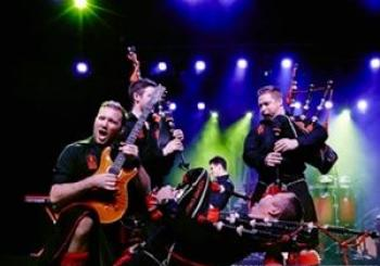 Red Hot Chilli Pipers en Albert Hall