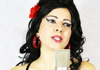 Aly Alma presenta Amy Winehouse Acoustic Tribute en Nota79 en Barcelona