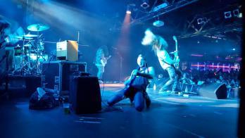 BLACK HOLE JAM Tributo Pearl Jam + Soundgarden